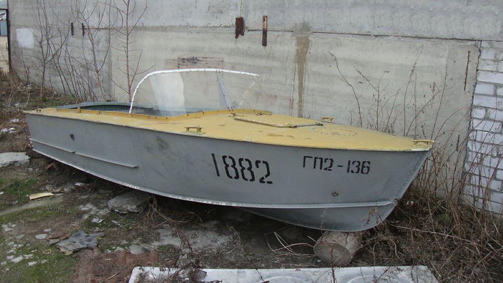 Моторная лодка Прогресс-1