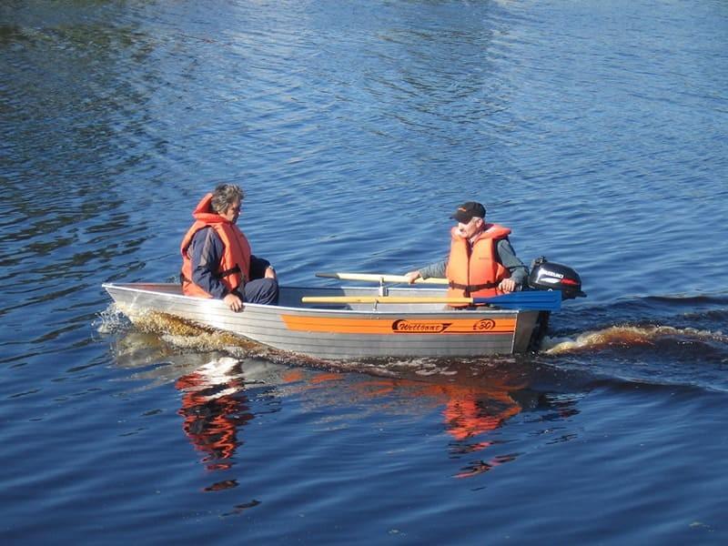 Лодка Вельбот-30