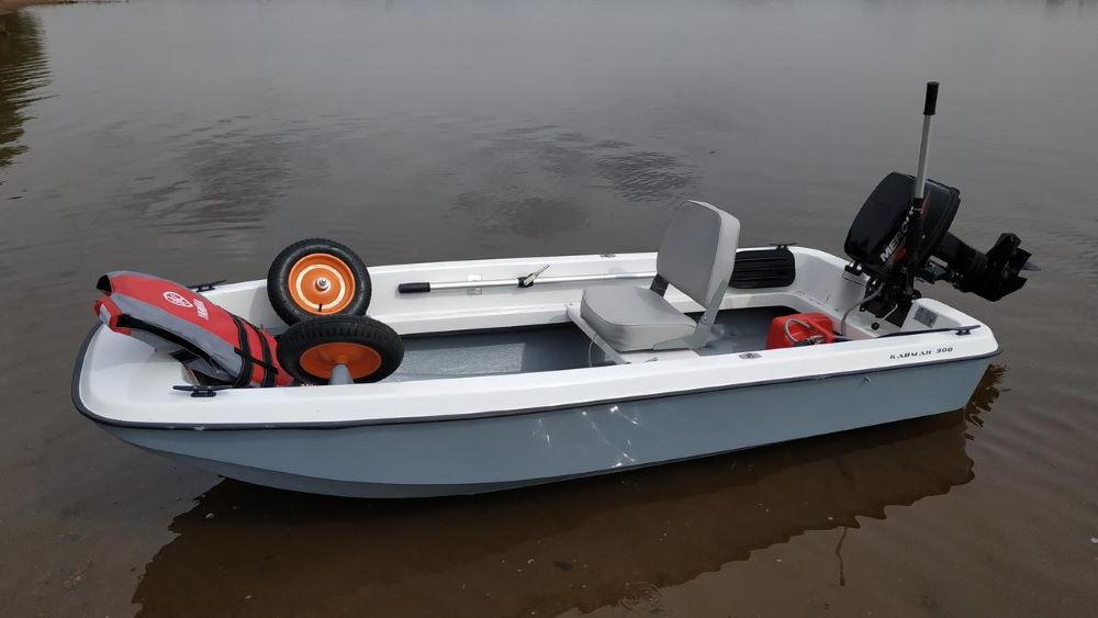 """Моторная лодка """"Кайман-300"""""""